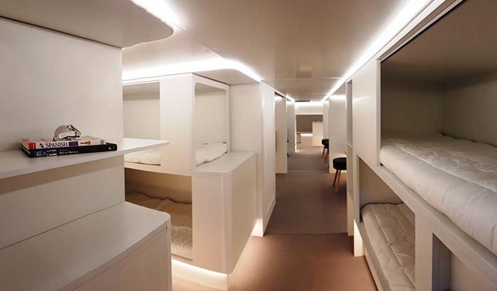 Airbus презентовал лежачие места для авиапассажиров.jpg