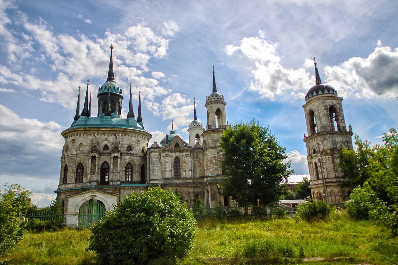 Быково, Владимирская церковь , вид с дороги