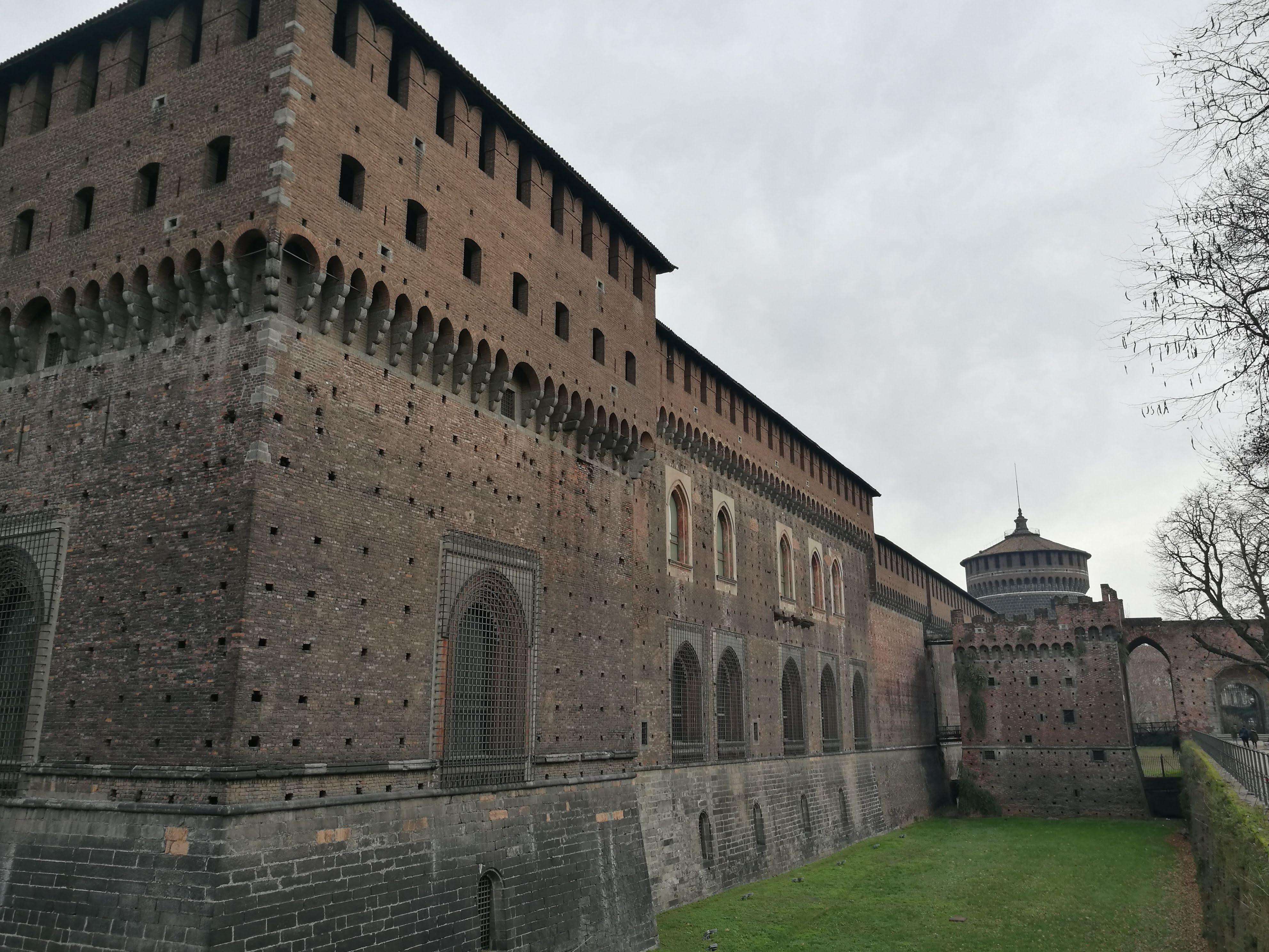 Стены миланского замка Сфорца