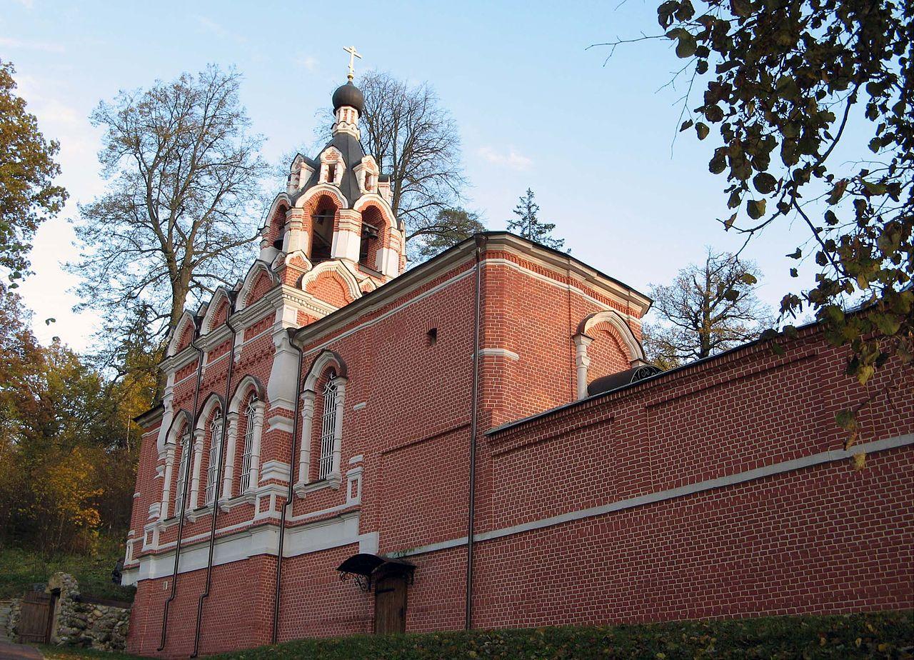 Церковь прп. Саввы Сторожевского с колокольней и корпус братских келий, Саввинский скит