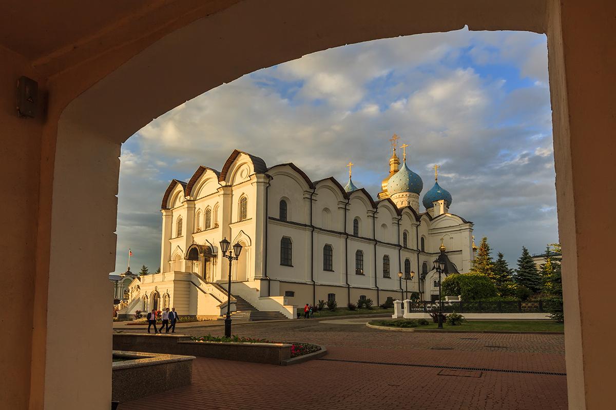 Благовещенский собор и келья святителя Гурия в Казанском кремле