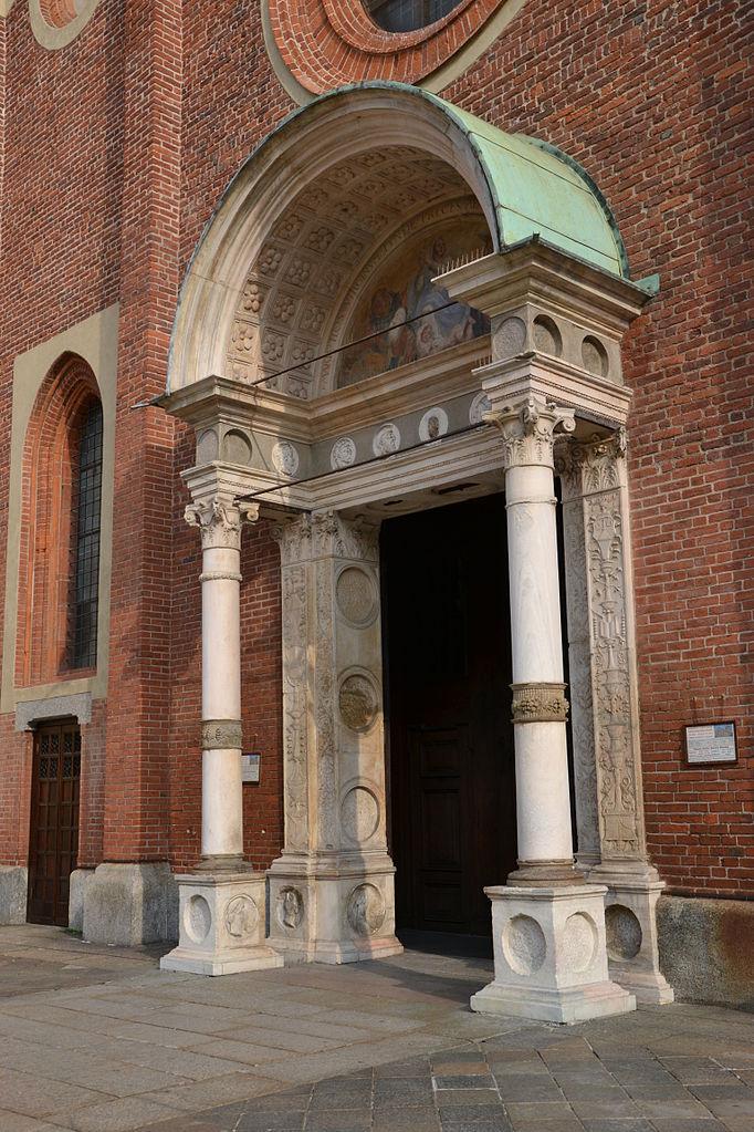 Санта-Мария-делле-Грацие, вход