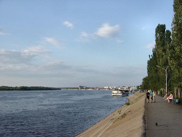 Волга в Астрахани, последнем городе по Волге