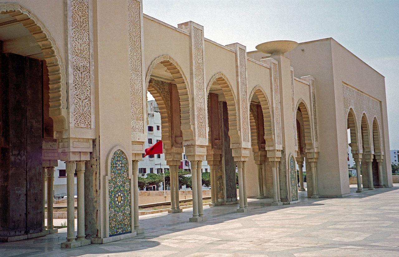 Мечеть Хасана II, колонны