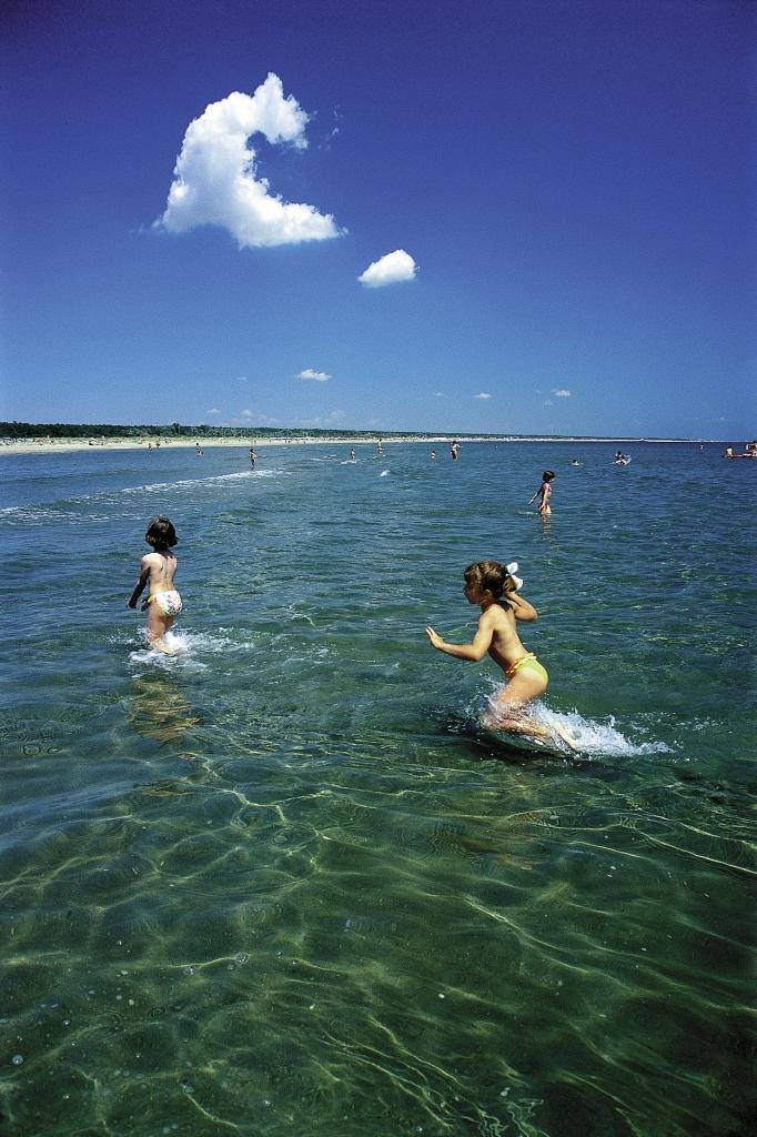Дети на море, Римини, Италия