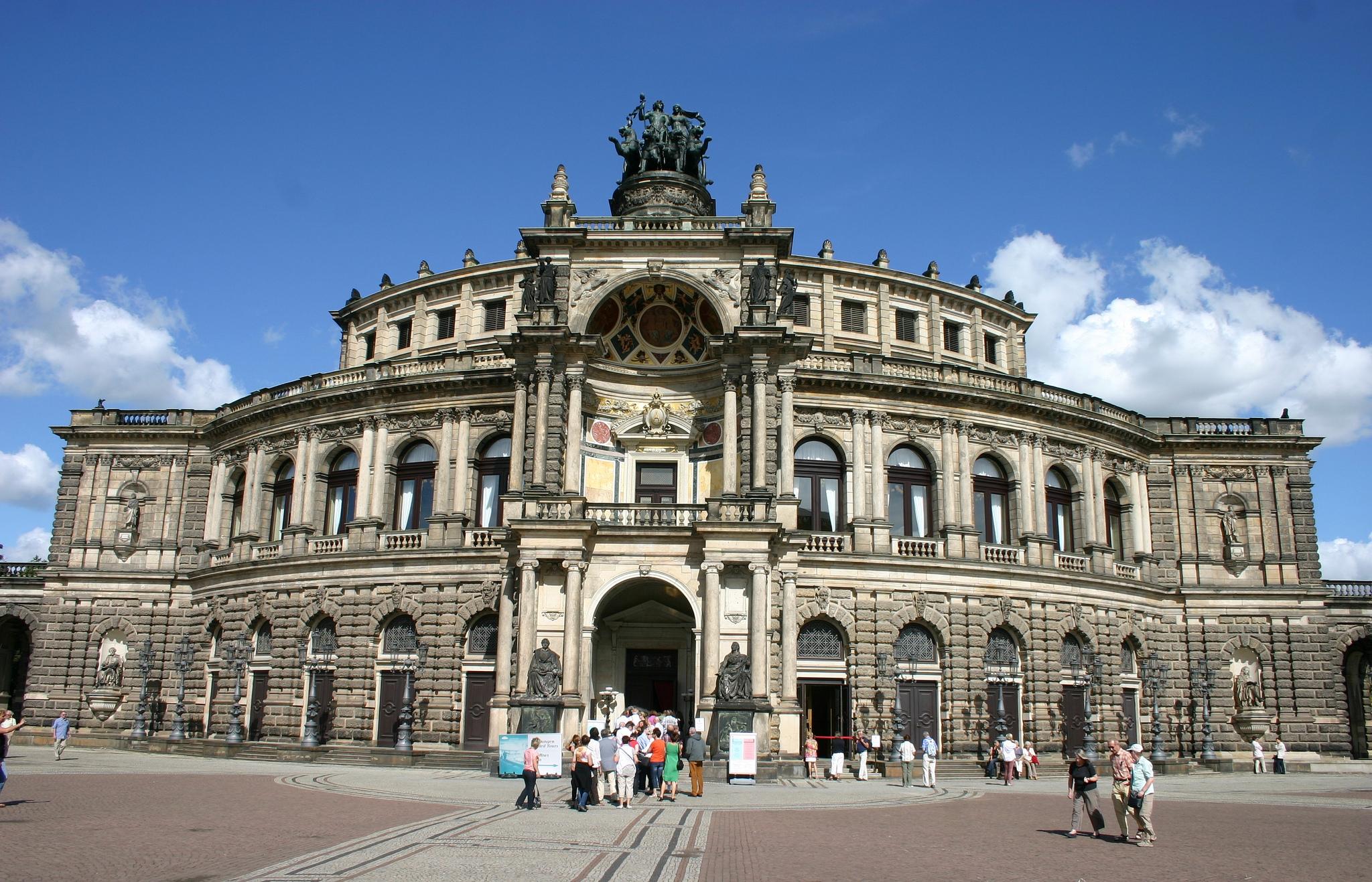 Дрезденская государственная опера (Оперный театр Земпера)