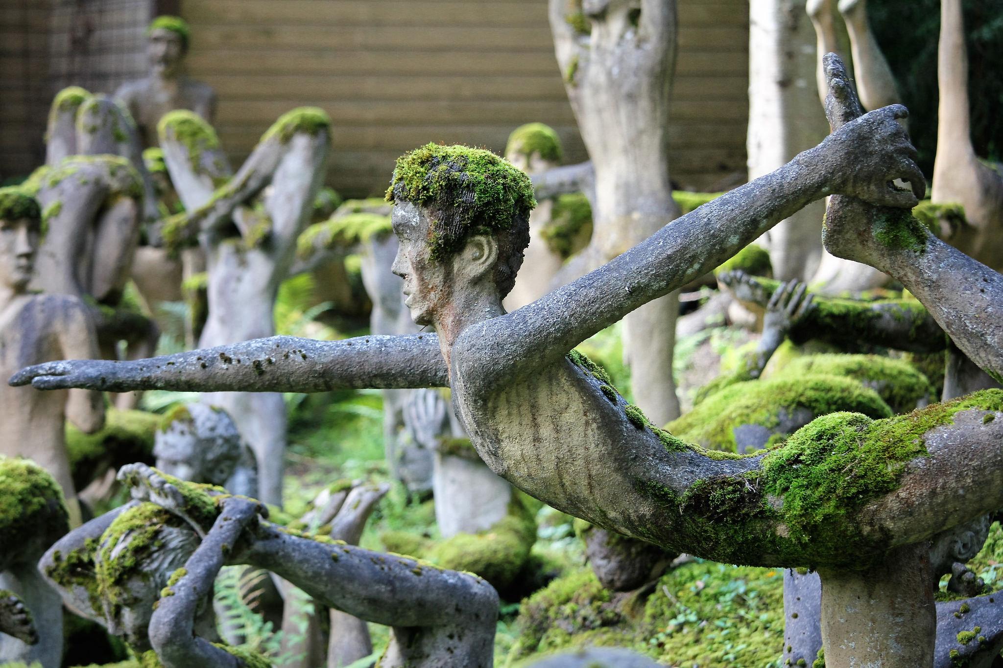 Скульптуры парка скульптур Вейё Рёнккёнена