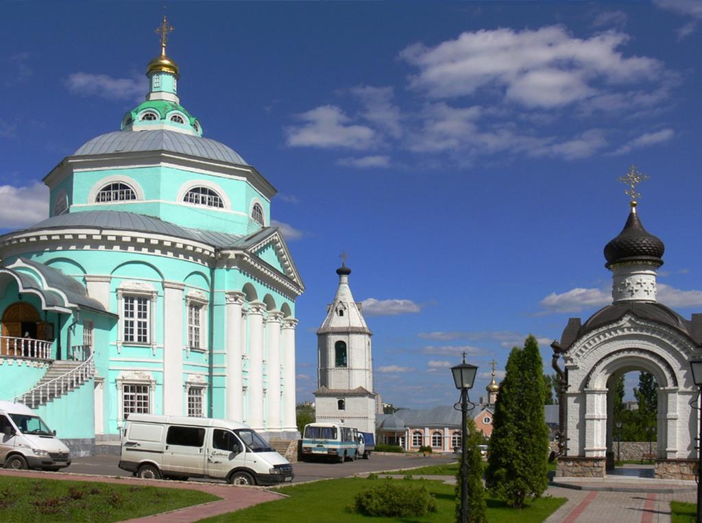 Алексеево-Акатов монастырь в Воронеже.