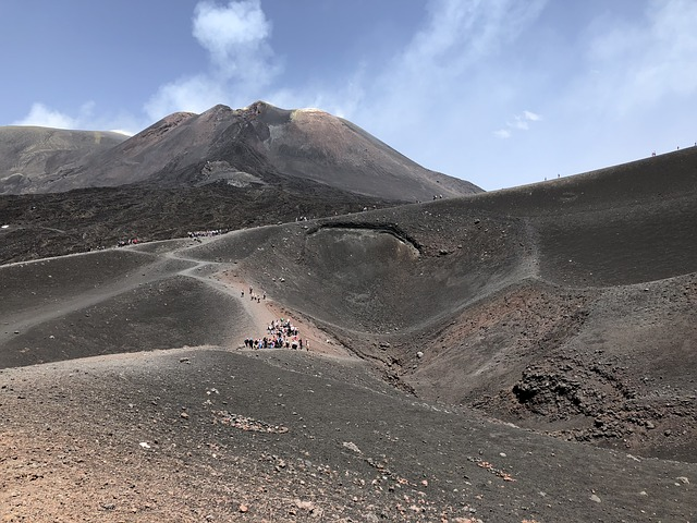 Etna-3613000 640.jpg
