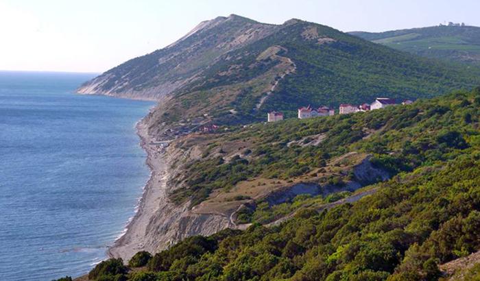 19 красивейших секретных пляжей Евразии 16 Варваровская щель.jpg