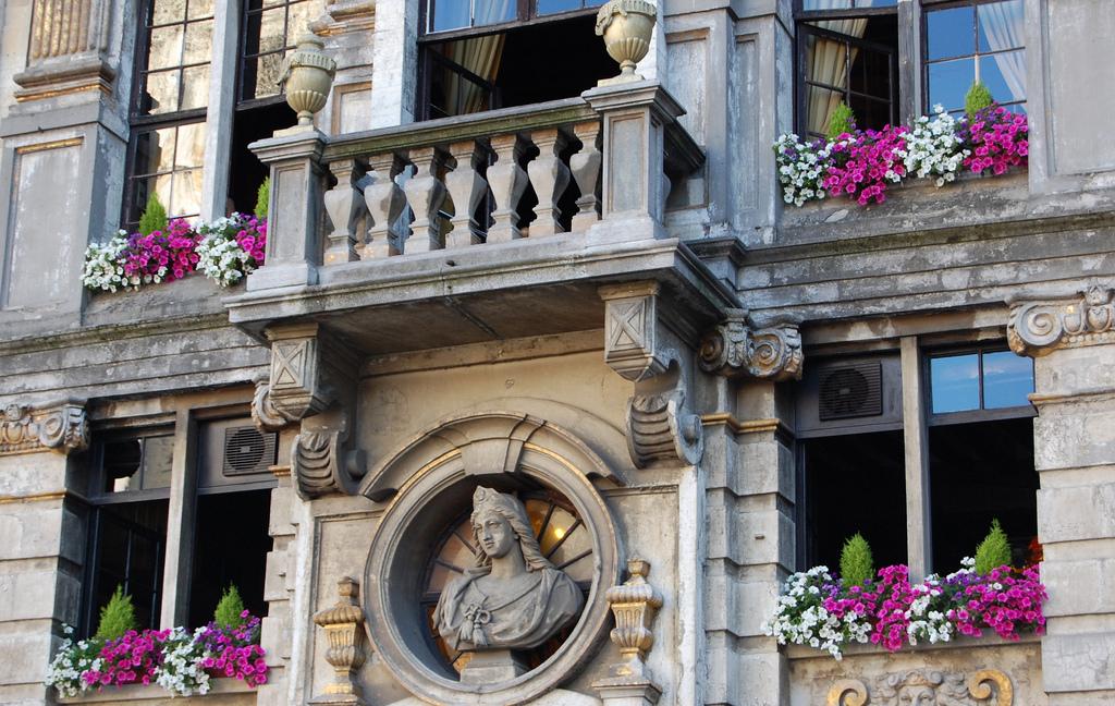 Романтичный балкон, Гранд-Плас, Брюссель