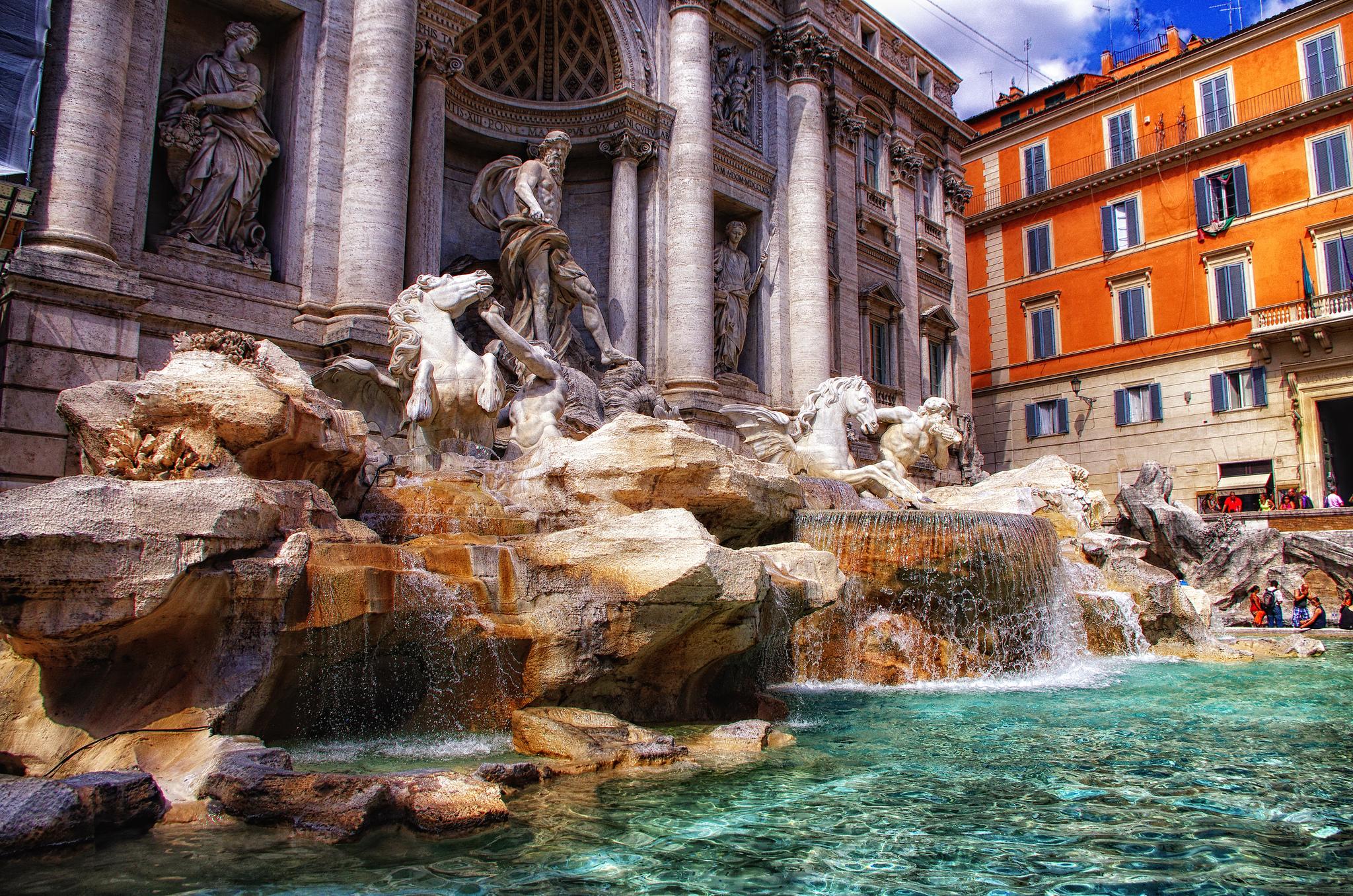 Величественный фонтан Треви, Рим