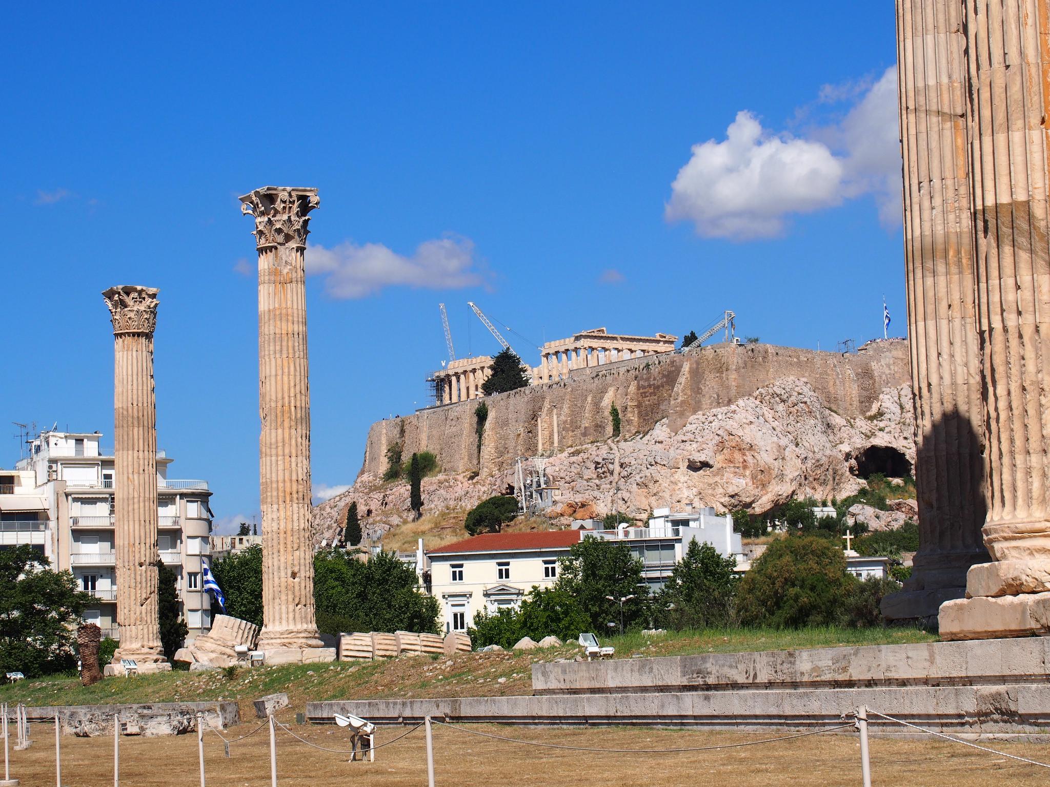 Одинокие колонны, Храм Зевса Олимпийского, Афины