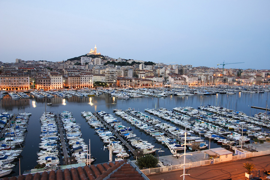 Вид на Старый порт Марселя