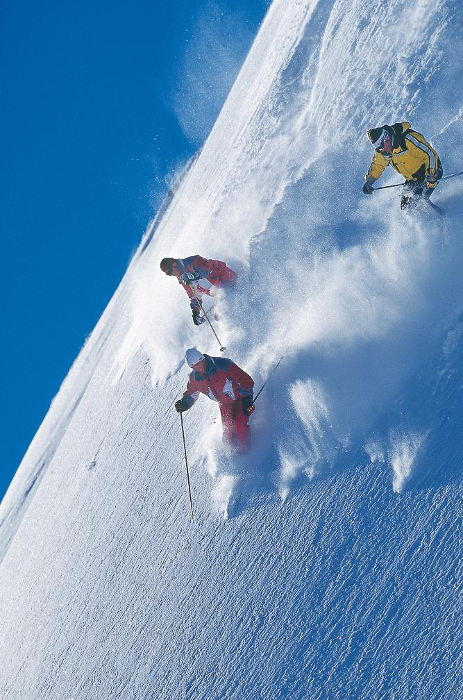 Горные лыжи в Австрии: адреналин зашкаливает!
