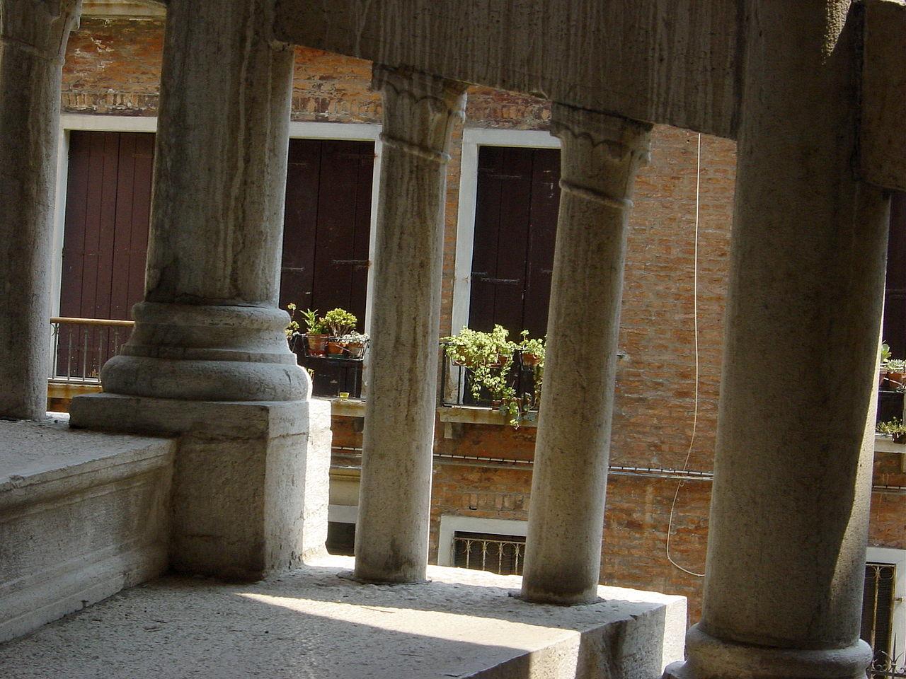 Палаццо Контарини дель Боволо, фрагмент спиральной лестницы
