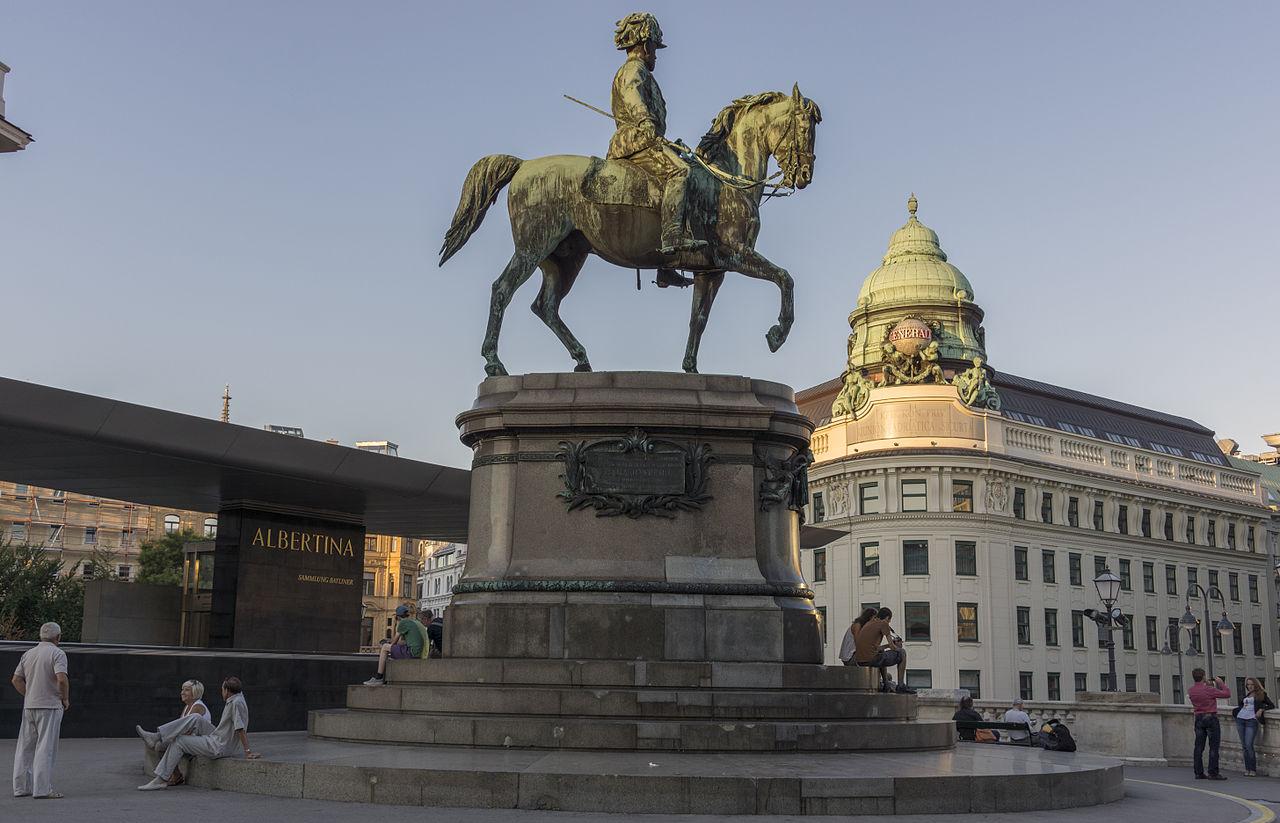 Альбертина, монумент герцога Альберта