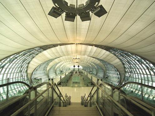 Аэропорт Суварнабхуми.jpg