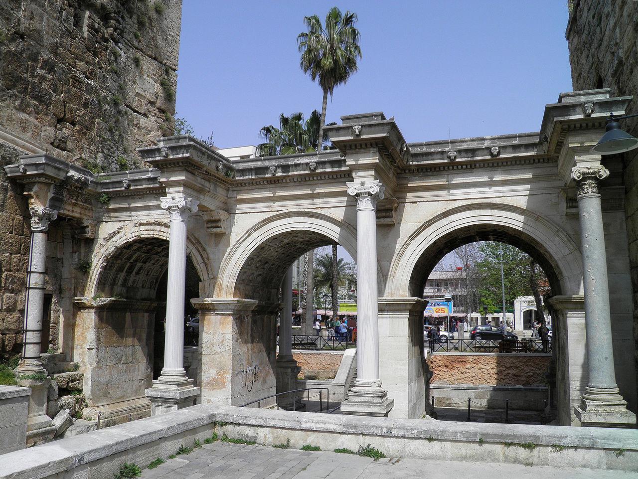 Ворота Адриана, южная Турция