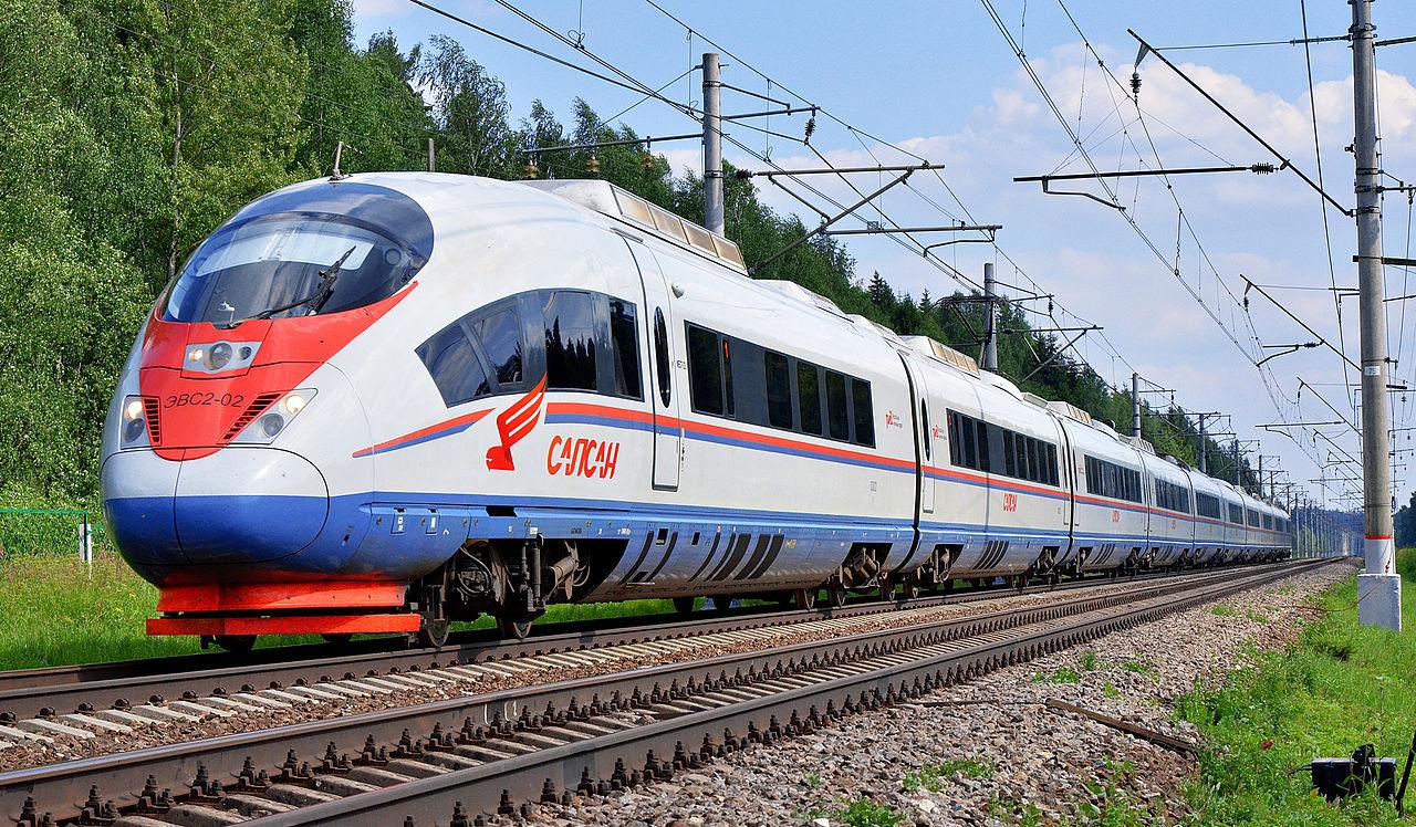 Скоростной электропоезд «Сапсан» на линии Москва — Санкт-Петербург