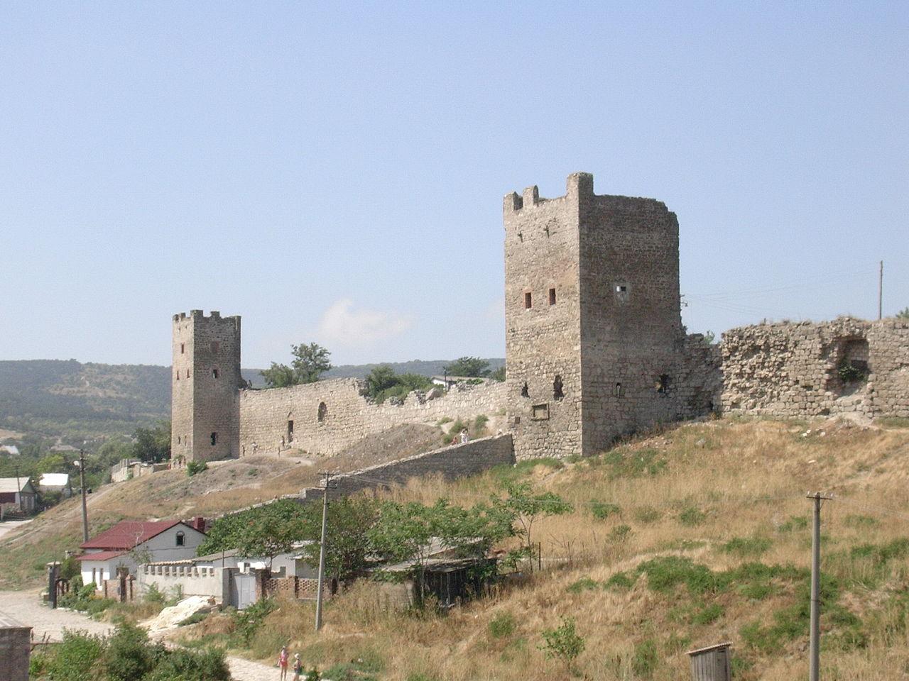 Генуэзскa крепость в Феодосии