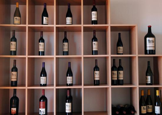Ассортимент винного завода в Куэнке.jpg