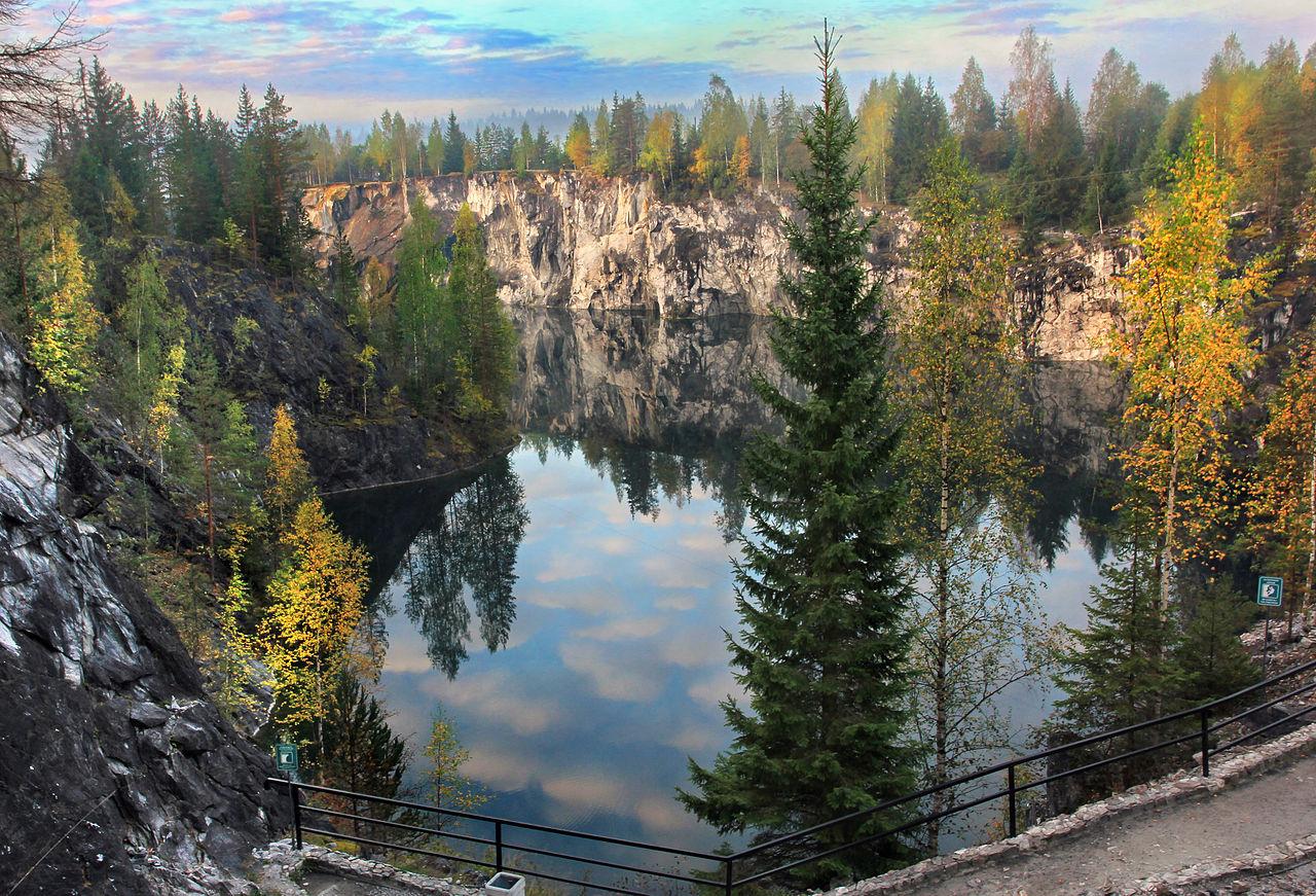 Рускеальский мраморный каньон
