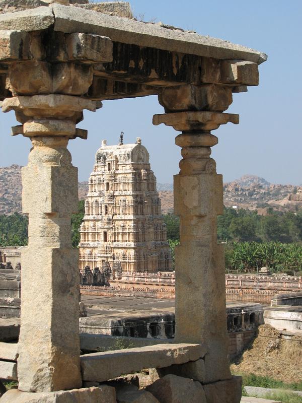 Виды Хампи, храм Вирупакши.jpg