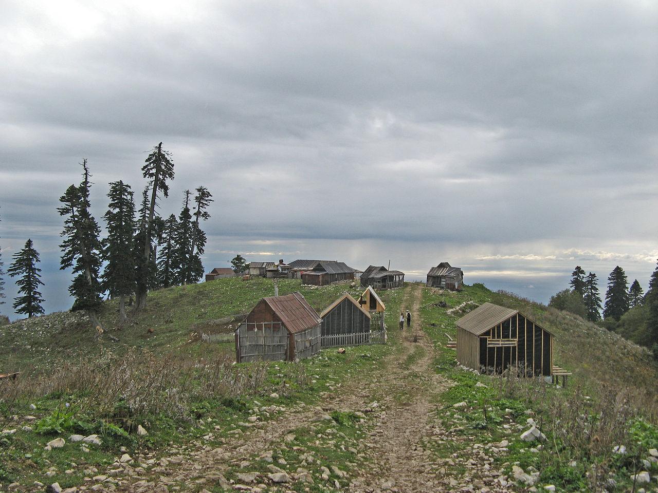 Домики пастухов на Мамдзышхе