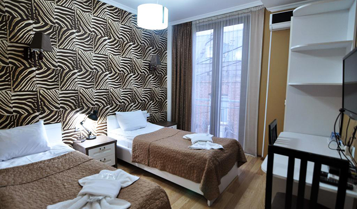 7 недорогих отелей в Тбилиси Renaissance Hotel 3.jpg