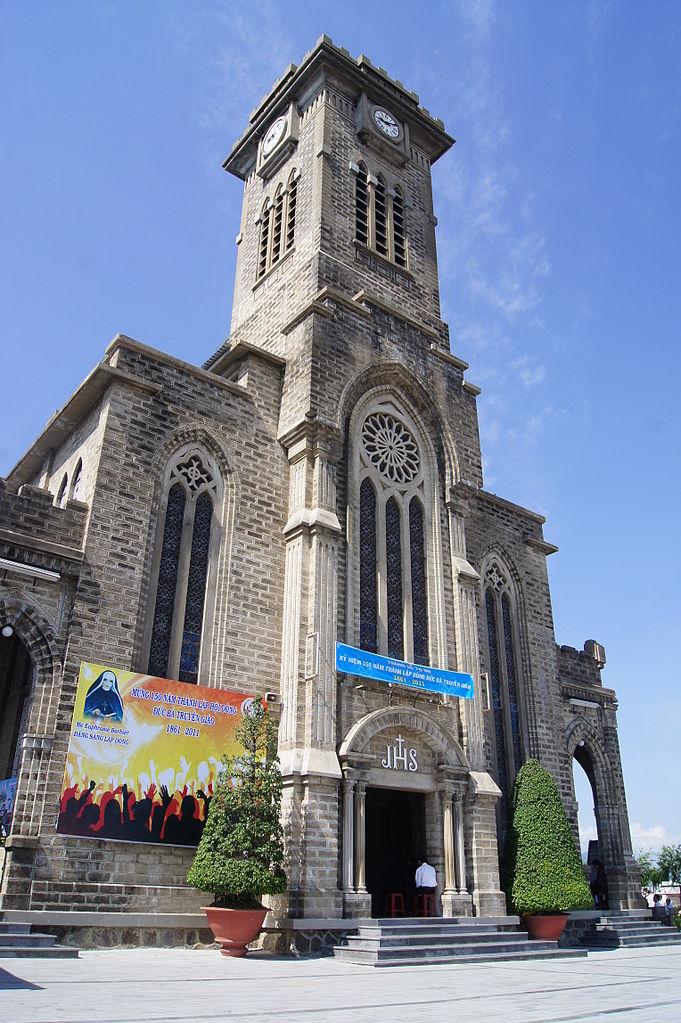 Кафедральный собор Нячанга, главная башня