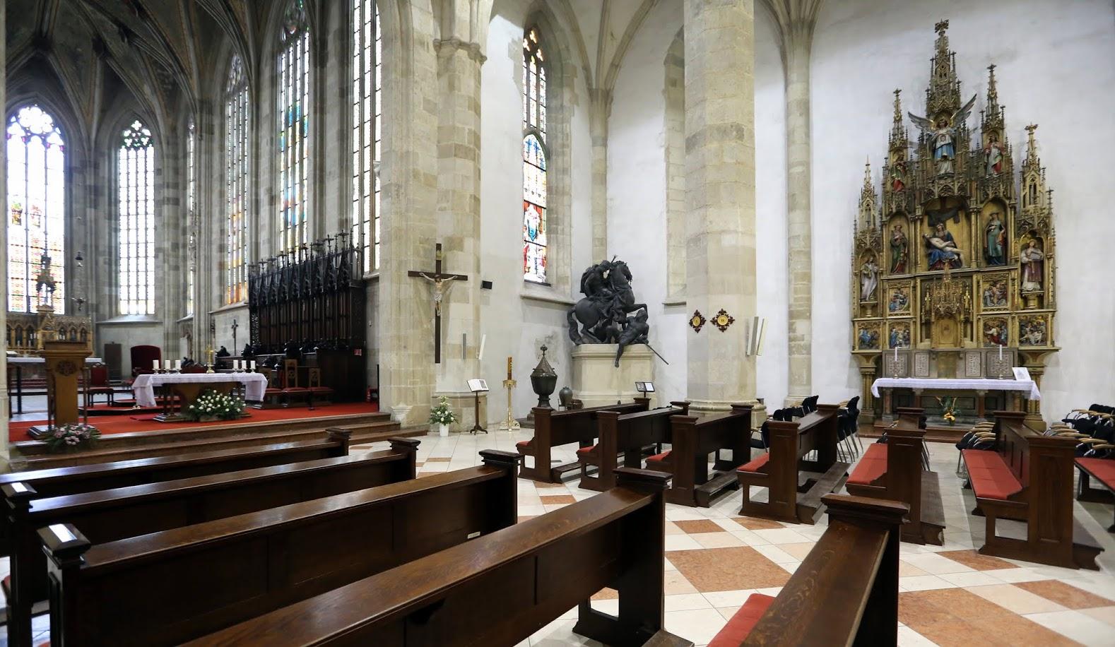 Собор Святого Мартина, интерьер