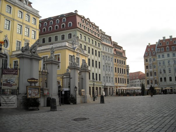 Улочки Дрездена, Германия .jpg