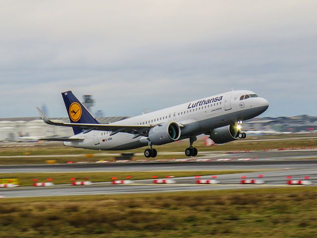 В Европе вскоре исчезнут дешевые авиабилеты.jpg