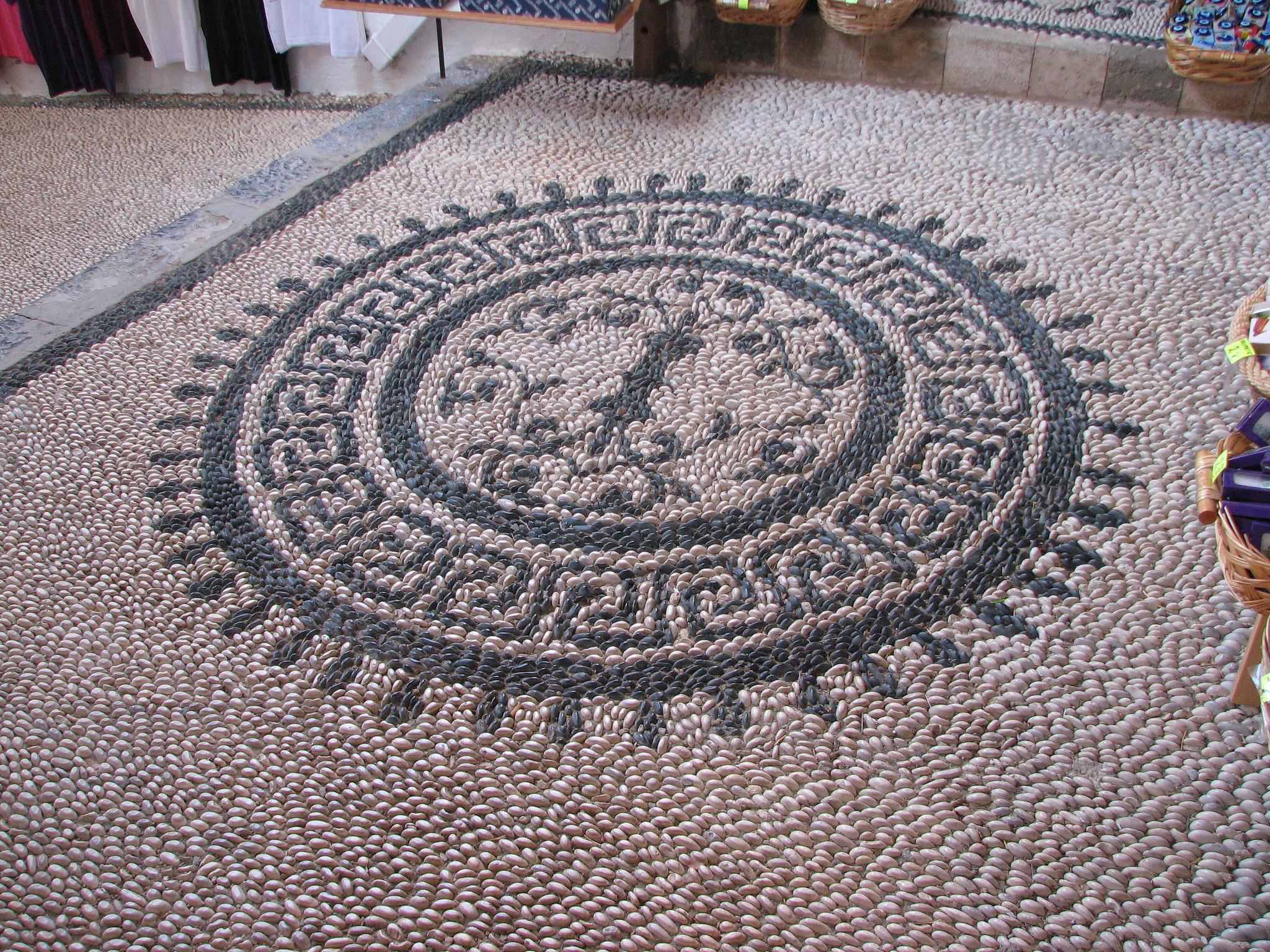 Акрополь в Линдосе, галечная мозаика