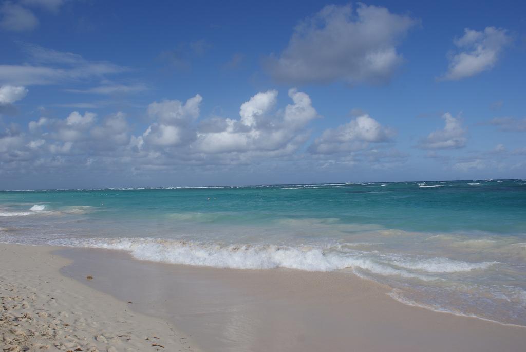Море на пляже «Баваро»