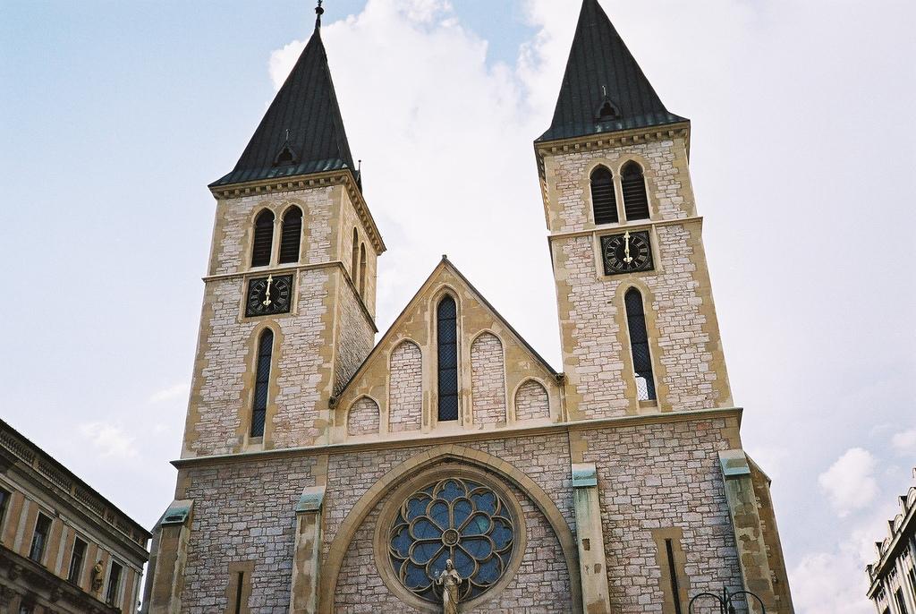 Собор Святейшего Сердца Иисуса, Сараево