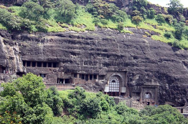 Буддистский храмовый комплекс Аджант