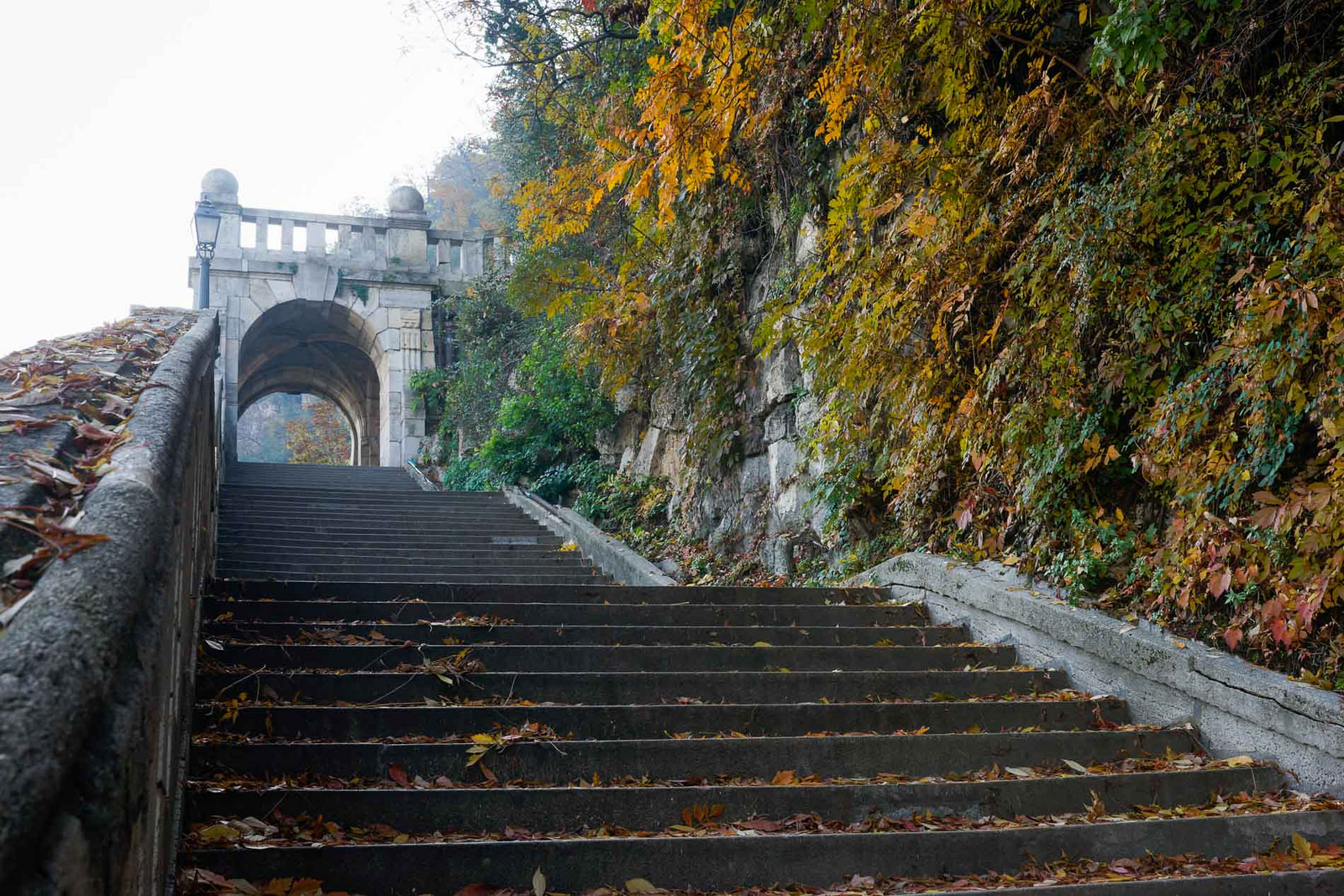 Гора Геллерт, лестница