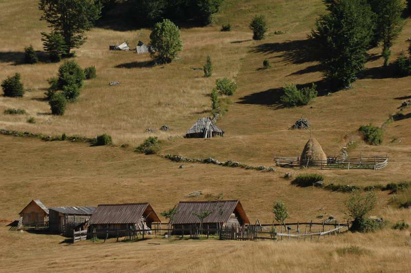 Деревушка в Дурмиторе и Београдска-Гора, Черногория
