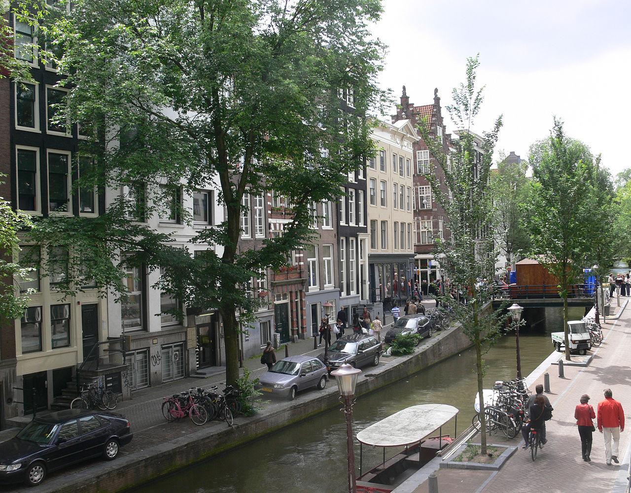 Амстердам, улица Oudezijds Achterburgwal