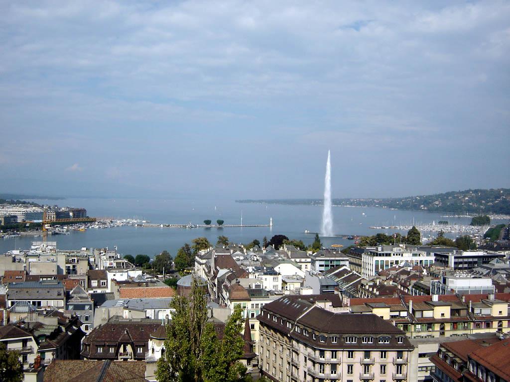 Женевский фонтан и городские кварталы