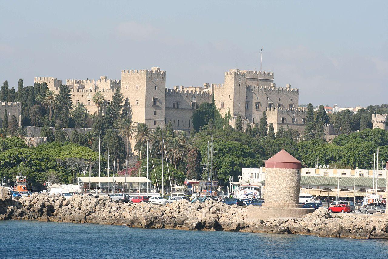 Родосская крепость, вид с моря
