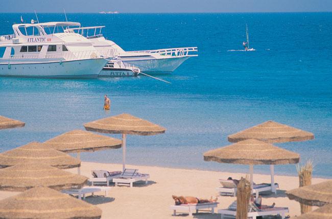Sol Y Mar Paradise пляж.jpg