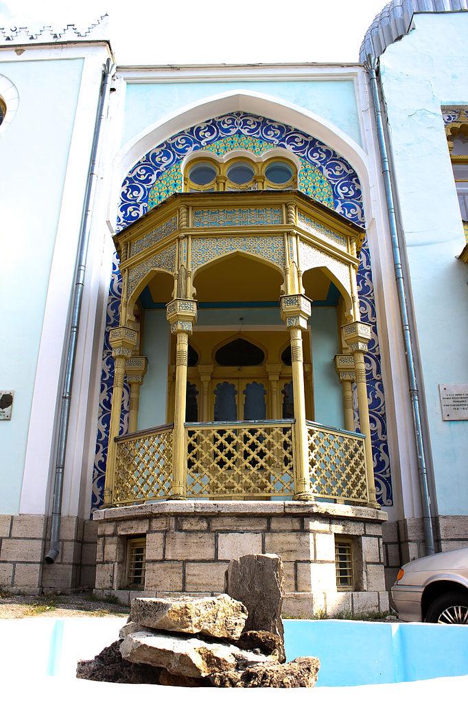 Дворец эмира бухарского в Железноводске, балкон