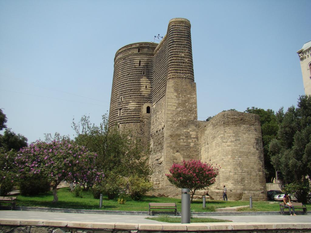 Картинки по запросу баку Бакинская крепость