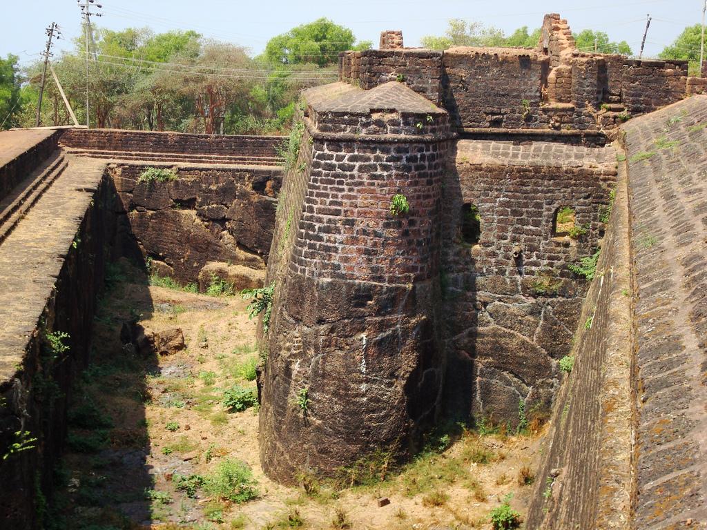 Стены форта Агуада