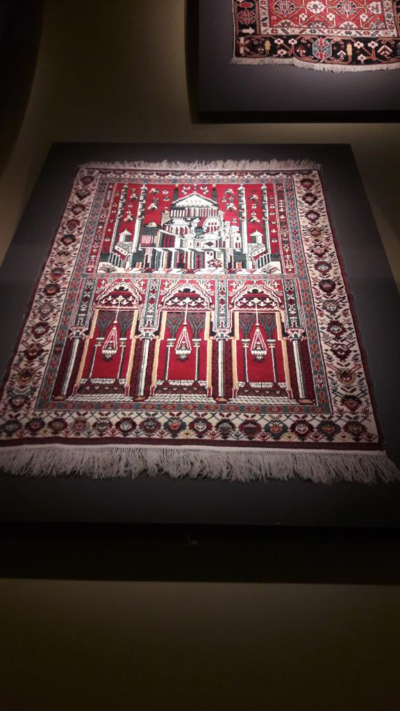 В музее ковров, Баку