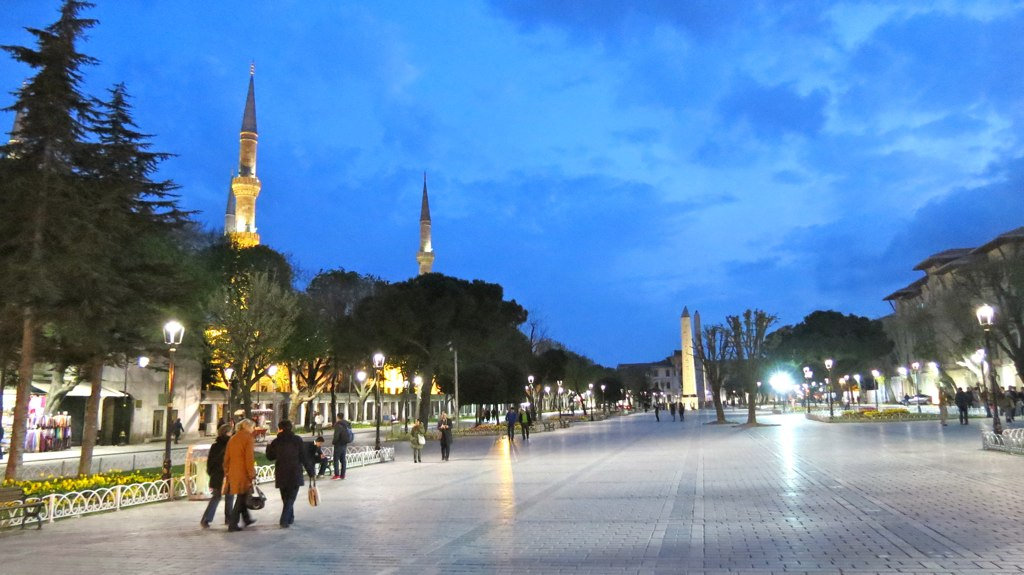 Площадь Султанахмет, древний ипподром
