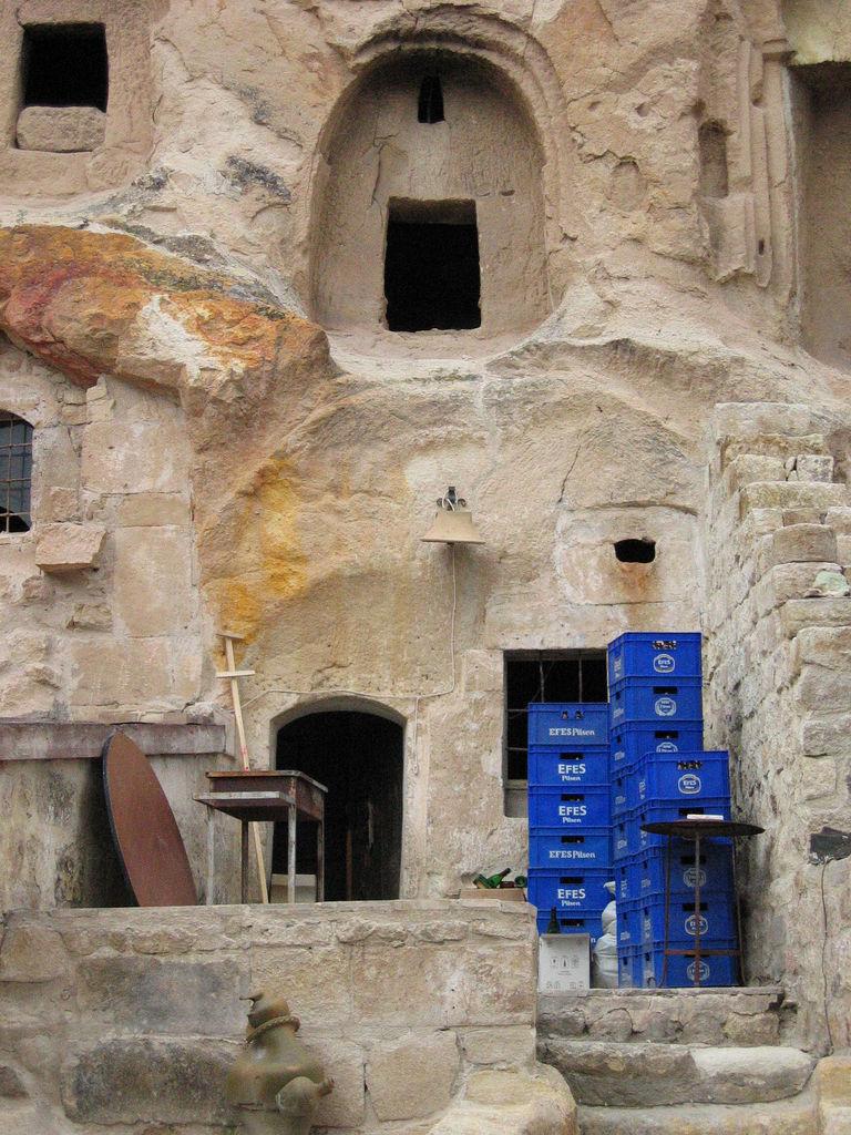 Ургюп, пещерное жилище